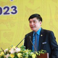 Chủ tịch Tổng LĐLĐVN Bùi Văn Cường chúc mừng Đại hội V CĐ TKV thành công tốt đẹp